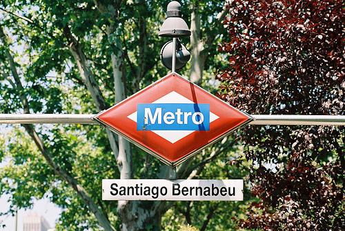PROXIMA ESTACION: SANTIAGO BERNABEU