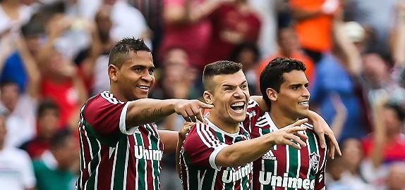 NOAPTE DE FOTBAL BRAZILIAN